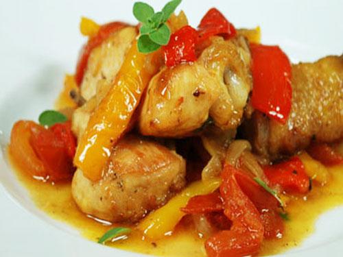 Bocconcini di pollo con peperoni