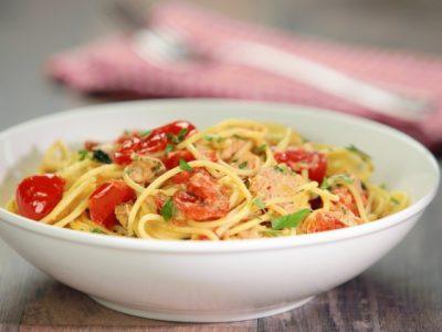Spaghetti risottati con tonno e pachino